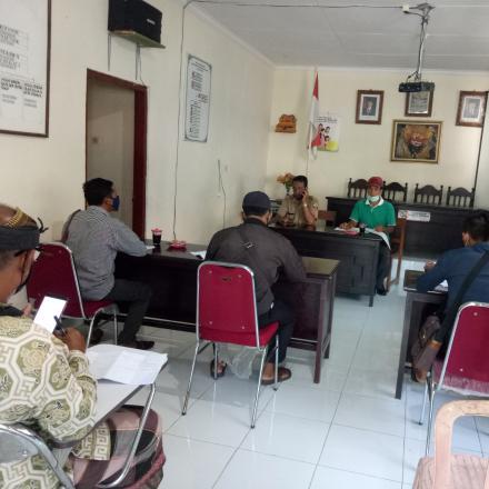 Rapat BPD Desa Tembuku Terkait Penanggulangan Covid-19