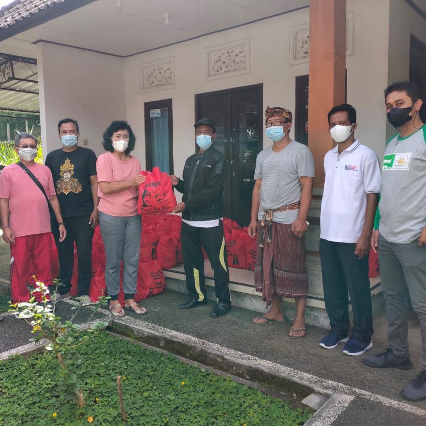 Penerimaan Bantuan Sembako Dari ASN Kabupaten Bangli