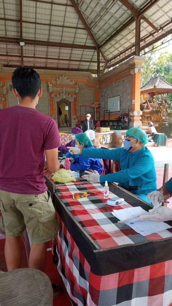 Pelaksanaan Vaksin Astrazaneka Tahap Ke-2 di Desa Tembuku